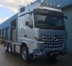 Mercedes (Big Space) 510 (6×4) Tractor Unit